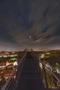 Der Chattenturm bei Nacht